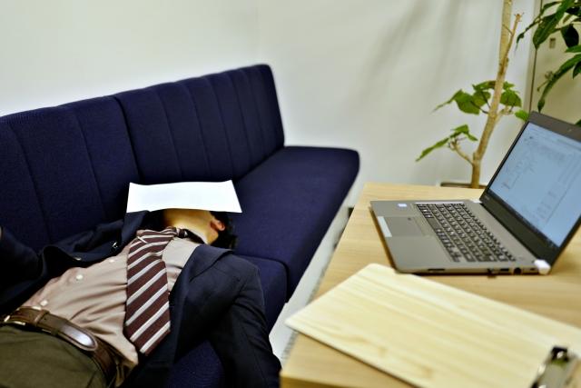 【真実?】仕事嫌いほど残業が少なくなる理論